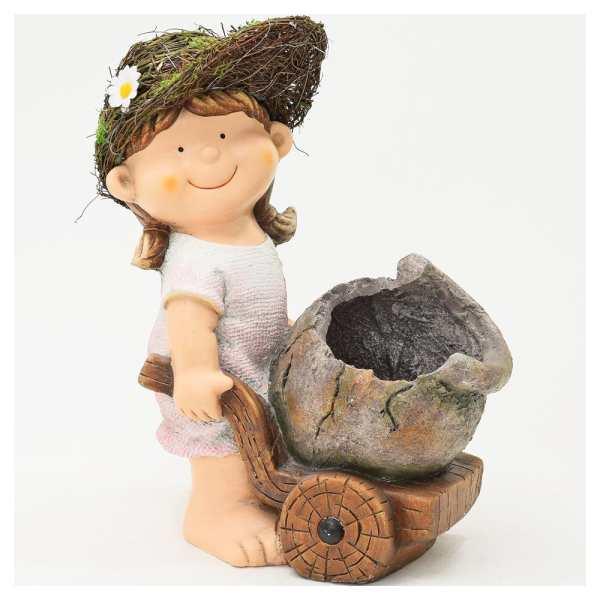 socha Dievča s fúrikom a obalom 31x17,5x38,5cm